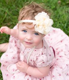 outdoor one year old girl session