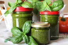 Pesto di basilico (conserva per l'inverno)