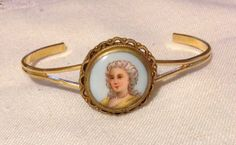 Upcycled Vintage Cameo Gold Wire Cuff Bracelet by heartsoftoday, $30.00