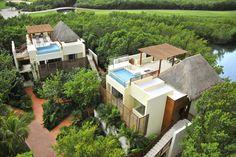 Amazing Resort Design in Mexico : Leafy Greenery Wood Pergola Riviera Maya Resort Thatched Roof