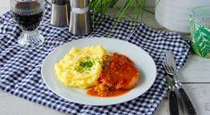 Belehradský rezeň je jedlo pre celú rodinu, ktoré pripravíte rýchlo aj počas pracovného týždňa. Bravčové mäso s lečom a zemiakovým pyré do mäkka udusené.