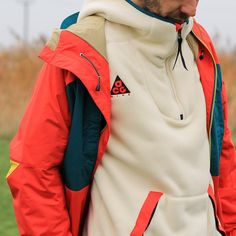 Nike ACG at Urban Industry Vintage Outfits, Vintage Shirts, Streetwear Mode, Streetwear Fashion, Outdoor Wear, Outdoor Outfit, Nike Acg Jacket, Nike Mode, Climbing Clothes
