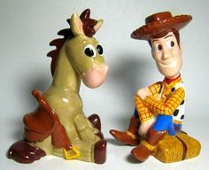 Woody and Bullseye salt and pepper shaker set
