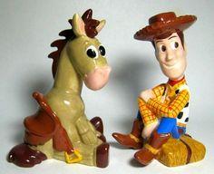 Woody and Bullseye salt and pepper shaker set