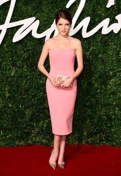 Anna Kendrick red carpet style