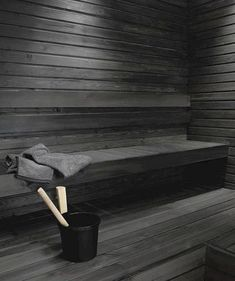 Untreated sauna benches and panel walls can be blackened using the Supi Sauna Wax by Tikkurila. This water-soluble solution with natural wax is colourless but it can be tinted black. Spa Sauna, Sauna Shower, Sauna Steam Room, Sauna Room, Modern Saunas, Piscina Spa, Outdoor Sauna, Sauna Design, Finnish Sauna