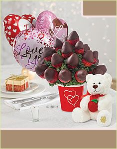 Strawberry Family Fruit Baskets, Gourmet Gift Baskets and Fruit Bouquets by Edible Arrangements®