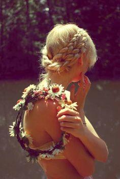 Opium Poppies (Elle Ribera) - Wrapped braided summery hair. #hair #braid #flowers