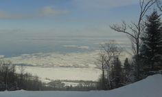 Vue des pentes, Massif de Charlevoix, Québec, février 2014 Snow, Outdoor, Outdoors, Outdoor Games, Human Eye