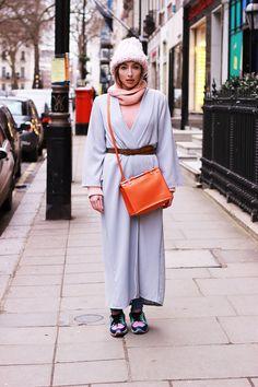London streetstyle LFW prange bag long grey coat