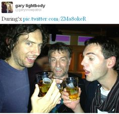 turns out not gary lightbody stole his profile pic from the real gary's twitter :)