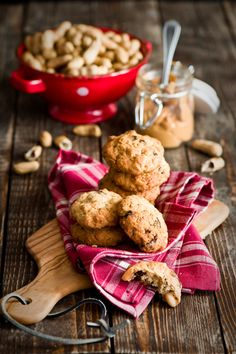Peanut Butter-Chocolate Chip Oatmeal Cookies | Christmas Desserts