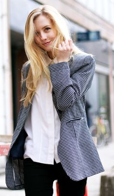 An oversized jacket in a textured print pairs nicely with this white button down and black slacks.  Professional and stylish!