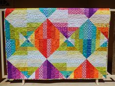 Even the most experienced quilters need a quick, easy project once in a while! These simple quilt patterns are chic, modern and fast to make.