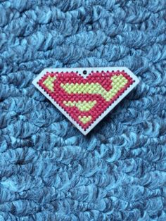 Superman cross stitch Superman, My Etsy Shop, Cross Stitch, Blanket, Crochet, How To Make, Crossstitch, Chrochet, Blankets
