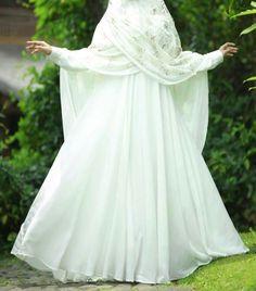Gelinlik ,  #gelinlik Muslim Wedding Gown, Muslimah Wedding Dress, Hijab Bride, Wedding Gowns, Bridal Hijab, Niqab Fashion, Muslim Fashion, Party Wear Dresses, Bridal Dresses
