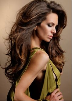 Voluminous hair!!!