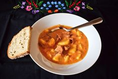 burtgulas Czech Recipes, Ethnic Recipes, Thai Red Curry, Foodies, Food And Drink, Soups, Arizona, Lunches, Red Peppers