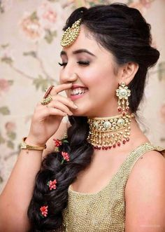 [New] The 10 Best Fashion Today (with Pictures) - Such a classic beauty! looks like a princess adorning such stunningly beautiful jewellery from our exclusive collection . Stylish Girl Images, Stylish Girl Pic, Girl Pictures, Girl Photos, Hd Photos, Prettiest Actresses, Beautiful Actresses, Zara, Couple Photography Poses