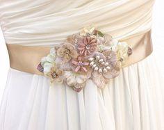 Bridal Sash Wedding Sash in Champagne Blush And by AGoddessDivine $98 #bridalsaah #bridalbelt #weddingbelt #champagne #flowersash #pearls #agoddessdivine #weddings