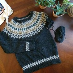 Ravelry: Project Gallery for Treysta pattern by Jennifer Steingass Sweater Knitting Patterns, Baby Knitting, Crochet Clothes, Couture, Christmas Sweaters, Winter Outfits, Free Pattern, Knit Crochet, Knitwear