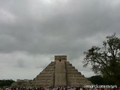 Castillo de Kukulkán. Zona Arqueológica Maya de Chichén Itzá (Yucatán, México). 21-Diciembre-2012