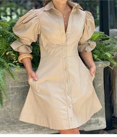 Simple Dresses, Casual Dresses, Chic Outfits, Fashion Outfits, Latest African Fashion Dresses, Mode Chic, Everyday Dresses, Western Dresses, Chic Dress