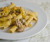 Cheesy Burger Rotini Recipe | Daily Unadventures in Cooking