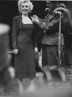 Marilyn in Korea, February 1954.