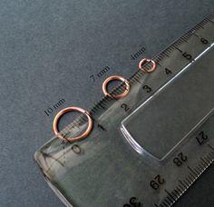 Necesitas:  - Alambre de Cobre calibre #18 (Aros de 10mm y 7mm)  - Alambre de Cobre calibre #20 (Aros de 4mm)                        ...