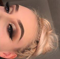 Best eye makeup tips! Best eye makeup tips! Bronze Eye Makeup, Dramatic Eye Makeup, Formal Makeup, Natural Eye Makeup, Eye Makeup Tips, Smokey Eye Makeup, Skin Makeup, Beauty Makeup, Makeup Ideas