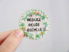 Recycling Sew On Patch Hand Embroidered Green by supercursi.be obvious with your mending. Embroidery Patches, Embroidery Art, Cross Stitch Embroidery, Embroidery Patterns, Fabric Patch, Felt Fabric, Pin And Patches, Sew On Patches, Sewing Crafts