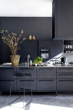 Modern kitchen interior design inspiration bycocoon.com   concrete black   sturdy stainless steel kitchen taps   kitchen design   project design & renovations   RVS keukenkranen   Dutch Designer Brand COCOON