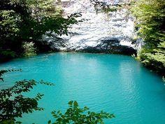 Lake blue, Abhazia