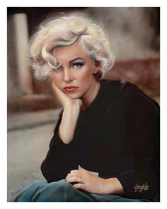 Marilyn Monroe portrait - artist unknown. Could be a pastel drawing or oil or acrylic painting.