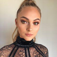 "1,916 curtidas, 60 comentários - Flavio Angel Alvarado✨ (@angelalvarado) no Instagram: ""#BEAUTY makeup on @catnorris_ for @ardell_beauty her face is snatched to the gawdsssss!!!!…"""