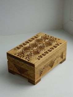 """Lace of Autumn hand carved wooden box.  *Shipping cost is already included in the price.*  Box material: linden (basswood).  Finish: Danish oil, box is lined with thick felt.  Technique: chip carving.  Box sizes: Length: 14 cm (5,51""""), width: 9 cm (3,54""""), height: 6 cm (2,36"""").  Recommendation for the care: dust in the depth of carving can be removed with the help of artistic brush, and with a soft, dry cloth from the surface."""