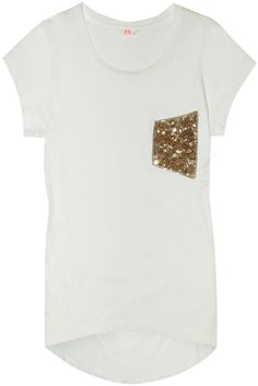oversized plain white tee with embellished pocket.  pair these with some liquid leggings & you are solid gold.
