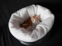 Cat bed - IKEA Hackers