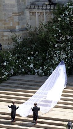 Meghan Markle wedding dress: Clare Waight Keller Givenchy See Meghan Markle's Givenchy wedding dress designed by Claire Waight Keller from every single angle. Royal Wedding Gowns, Wedding Dress Trends, Royal Weddings, Modest Wedding Dresses, Elegant Wedding Dress, Wedding Veils, Designer Wedding Dresses, Wedding Dress Veil, British Wedding Dresses