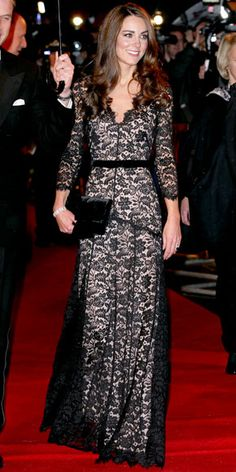 "Kate Middleton at ""War Horse"" premiere in custom Temperley London lace gown. I need a full Kate Middleton board. Moda Kate Middleton, Looks Kate Middleton, Kate Middleton Fashion, Kate Middleton Outfits, Beautiful Dresses, Nice Dresses, Gorgeous Dress, Gorgeous Girl, Amazing Dresses"