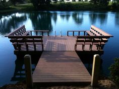 floating pond dock--Our pond deck in Kite looks like this ;