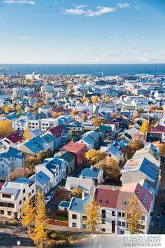 Islandia y sus casas coloridas.