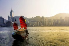 Charter a junk in Hong Kong