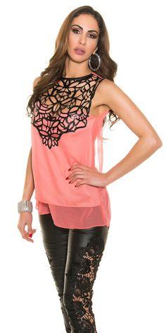 http://vidatrevida.com/moda-casual/7564-blusa-con-aplicacion-de-cuero-varios-colores.html