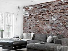Backstein Tapete Wandgestaltung Rau Grau Ecksofa Wohnzimmer Stehlampe