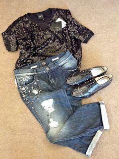 TWIN-SET JEANS - EVOLUTION POLIGNANO #Evolutionboutique #Twinset #jeans #scarpe #Michaelkors #jeansdonna #nuovaboutique #Abbigliamentodonna #Maglia #paiettes #Black #eleganza #ioutfitevolution #eccellenza #moda #Puglia #weareinpuglia #shopping #Evolutionoutlet #Outletpolignano #Outletpuglia #Outletbari #francesine #borchie #Evolutionmoltodipiù #saldi2015 #saldievolution #saldipolignano #Polignanoamare
