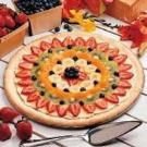 Fruit pizza (dessert pizza) is awesome and tastes really good