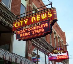 Neon signs, Mansfield, Ohio - City News and Coney Island Diner by brianbutko… Advertising Signs, Vintage Advertisements, Vintage Ads, Klondike Bar, Mansfield Ohio, Neon Moon, Vintage Neon Signs, Hotels, Roadside Attractions