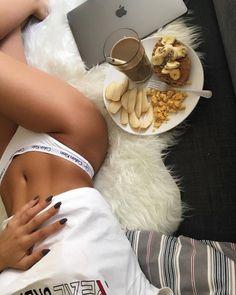 Healthy Lifestyle Motivation, Body Motivation, Summer Body Goals, Corps Parfait, Fitness Inspiration Body, Aesthetic Body, Skinny Girls, Perfect Body, Underwear Pics